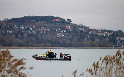 Téli Balaton-átúszás – Az összes versenyző beért Tihanyba